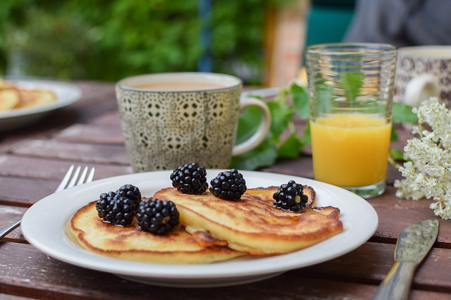 staying calm on your wedding day, yummy breakfast of pancakes, fruit, juice, and coffee